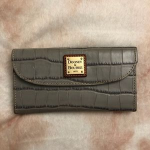 Dooney & Bourke Leather Wallet (never used)